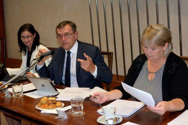 Vzbura poslancov na košickom sídlisku: Starostu vyzvali k demisii