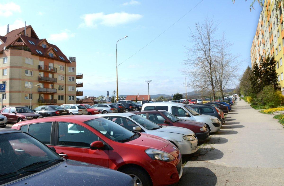 Starosta Starosta, ktorý nerieši parkovanie 2209065 1200x